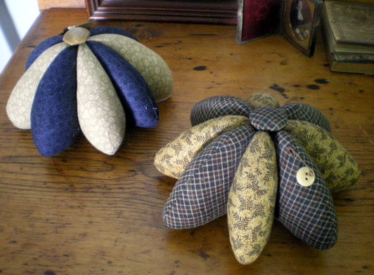 Primitive Pincushions